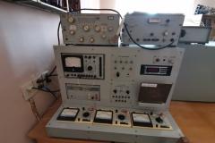 Універсальний лабораторний стенд для вивчення електронних приладів та RLC-метр